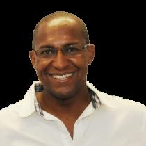 Ivan Rodrigues é enfermeiro e blogueiro por paixão.