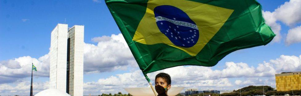Estatuto da Criança 'Bolsonaro' e do Adolescente 'Haddad' em pontos polêmicos