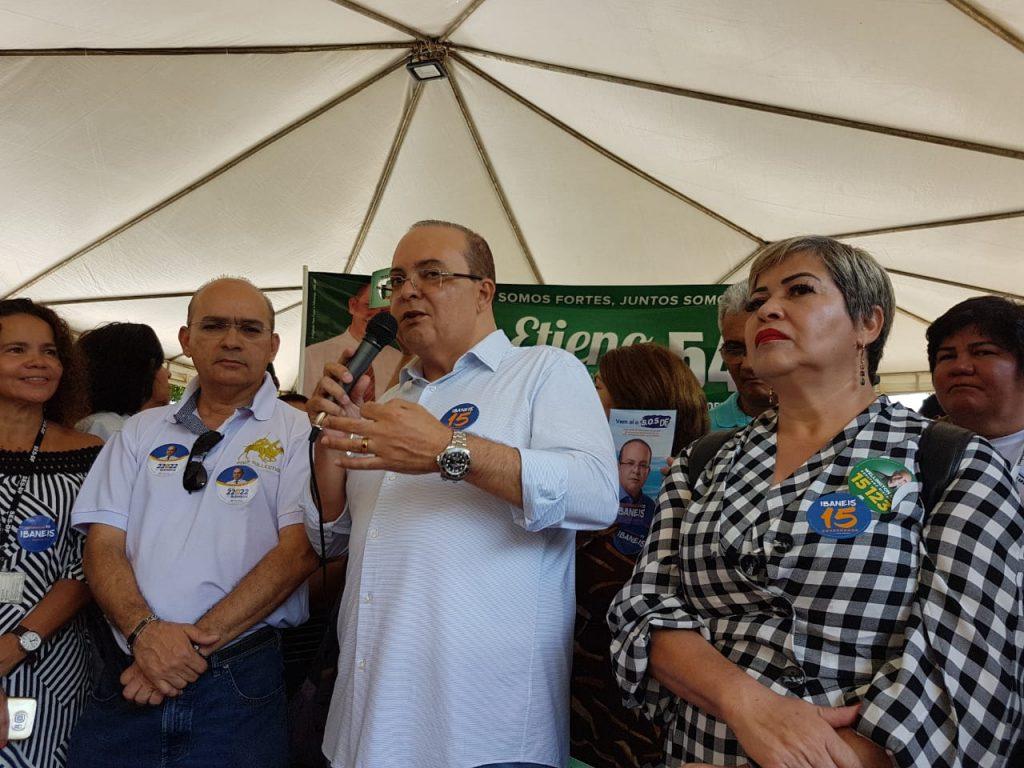 Gutemberg Fialho presidente da Federação Nacional dos Médicos e do Sindicato dos Médicos do DF em campanha com Ibaneis Rocha (MDB). SindSaúde