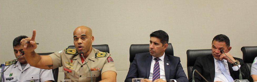Comandante Geral do Corpo de Bombeiros do DF afirma que a obesidade na corporação está em 70%