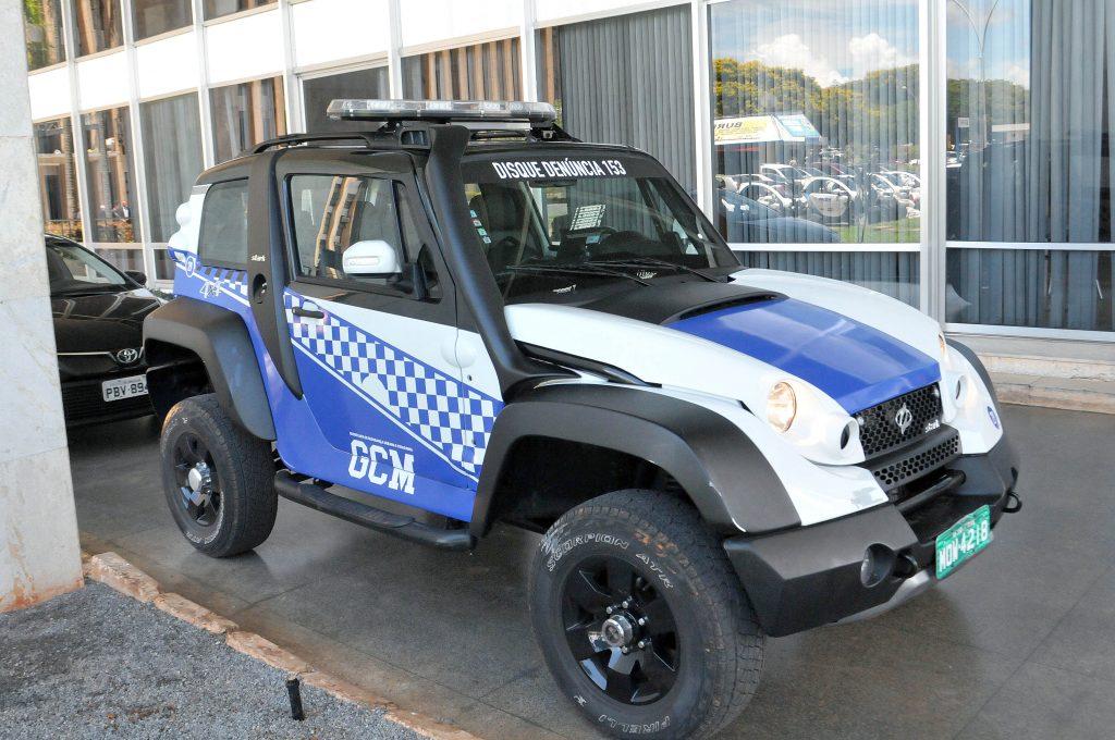 veículos da Stark, do modelo Jeep
