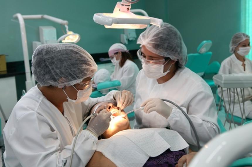 urgências e emergências odontológicas - Saúde & Direitos Sociais