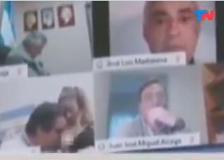 ESCÁNDALO EN DIPUTADOS | Un legislador manoseó a una mujer frente a cámara durante la sesión: se trata de Juan Emilio Ameri, del Frente de Todos